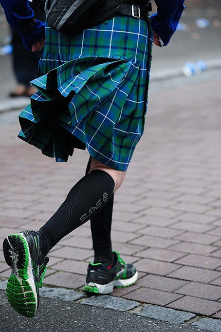 A Scottish kilt is certainly  very comfortable for running.